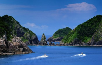 輝津館展望所から見る双剣石周辺-南さつま海道八景-