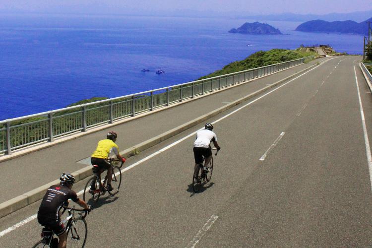 サイクルツアー