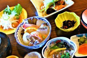 人気の新鮮な魚料理