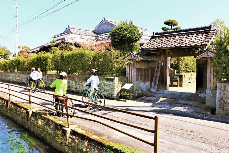武家屋敷を自転車で巡る