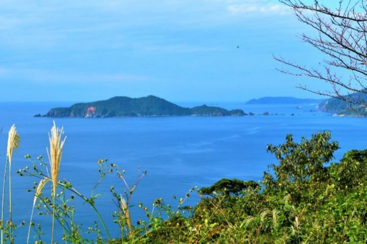 沖秋目島の眺望
